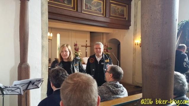 Pfarrer Dietmar leitete den Bikergottesdienst