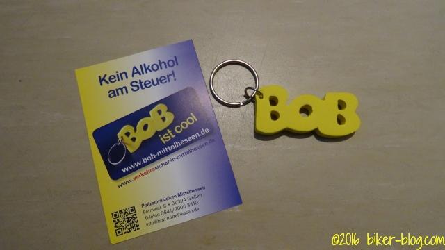 Schlüsselanhänger und Flyer BOB