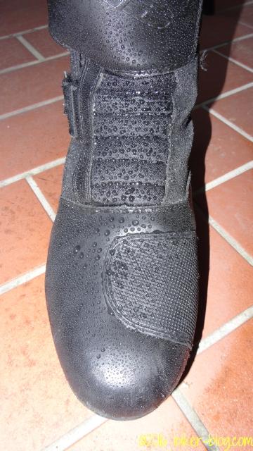 Stiefel mit Lotuseffekt