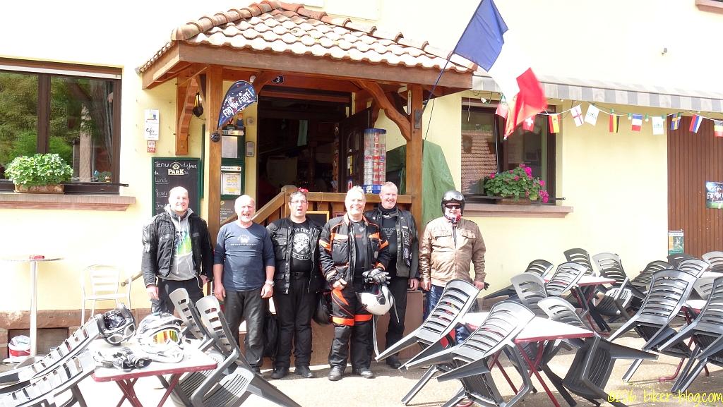 Gesättigt und abfahrbereit vor dem La Bremmendel